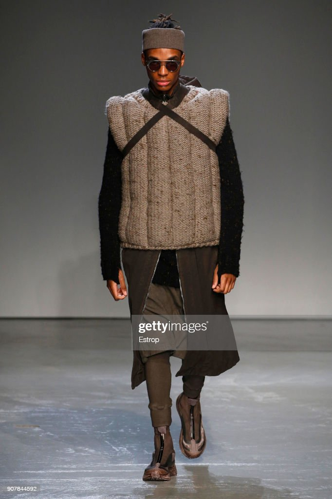 Boris Bidjan Saberi : Runway - Paris Fashion Week - Menswear F/W 2018-2019 : ニュース写真