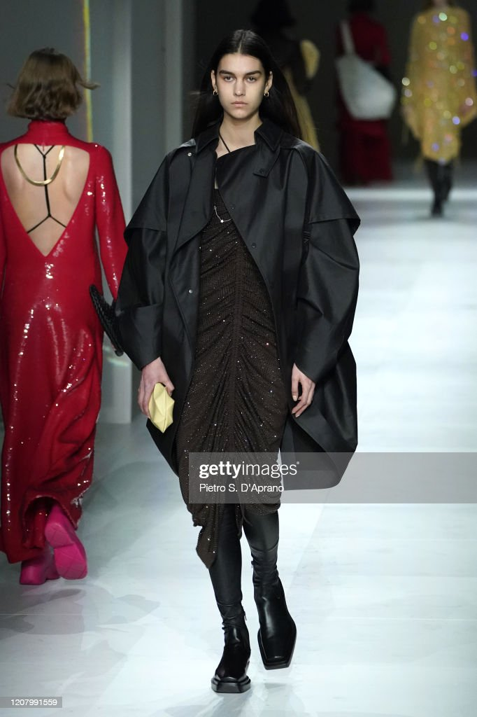 Bottega Veneta - Runway - Milan Fashion Week Fall/Winter 2020-2021 : ニュース写真
