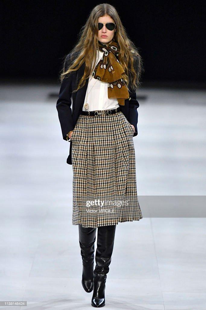 Celine - Runway - Paris Fashion Week Womenswear Fall/Winter 2019/2020 : News Photo