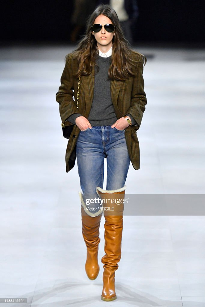 Celine - Runway - Paris Fashion Week Womenswear Fall/Winter 2019/2020 : News Photo