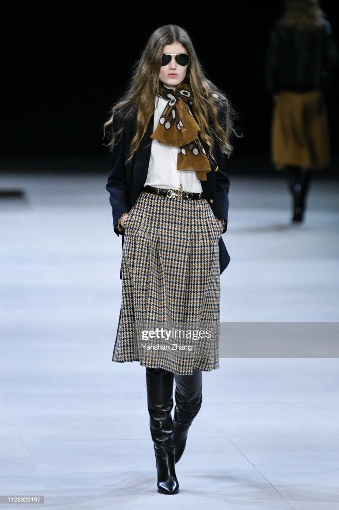 Celine : Runway - Paris Fashion Week Womenswear Fall/Winter 2019/2020 : ニュース写真