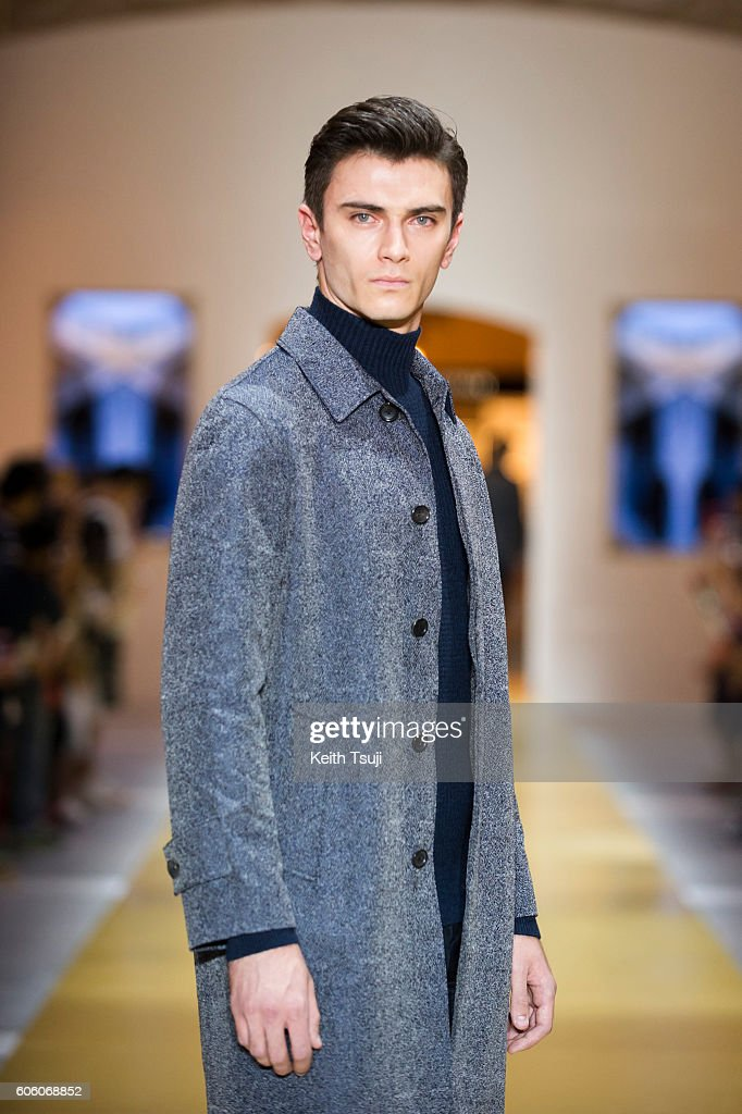 CERRUTI 1881 - Runway - Front Row at Shoppes at Parisian : News Photo