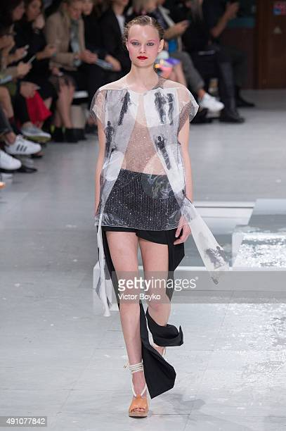 A model walks the runway during the Chalayan show as part of the Paris Fashion Week Womenswear Spring/Summer 2016 on October 2 2015 in Paris France
