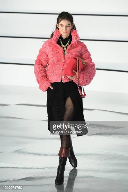 Model walks the runway during the Chanel as part of the Paris Fashion Week Womenswear Fall/Winter 2020/2021 on March 03, 2020 in Paris, France.