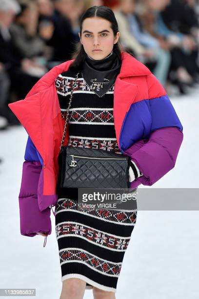 A model walks the runway during the Chanel Ready to Wear fashion show as part of the Paris Fashion Week Womenswear Fall/Winter 2019/2020 on March 5...