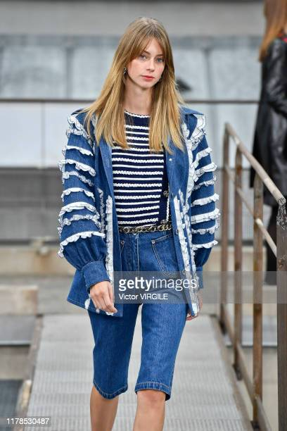 Model walks the runway during the Chanel Ready to Wear Spring/Summer 2020 fashion show as part of Paris Fashion Week on October 01, 2019 in Paris,...