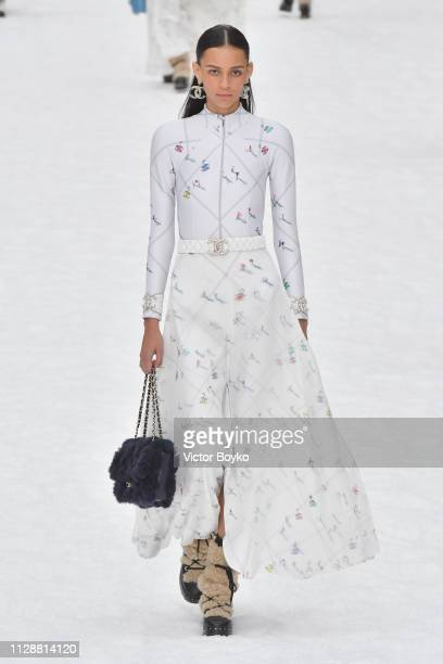 Model walks the runway during the Chanel show as part of the Paris Fashion Week Womenswear Fall/Winter 2019/2020 on March 5, 2019 in Paris, France.