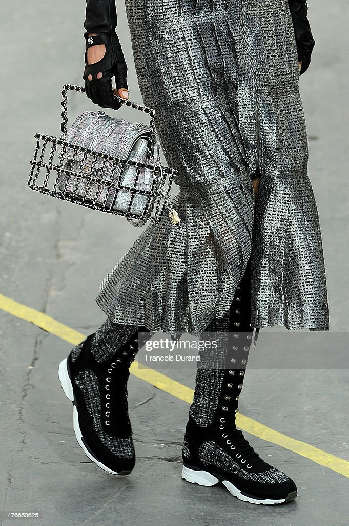 Chanel: Runway - Paris Fashion Week Womenswear Fall/Winter 2014-2015 : News Photo