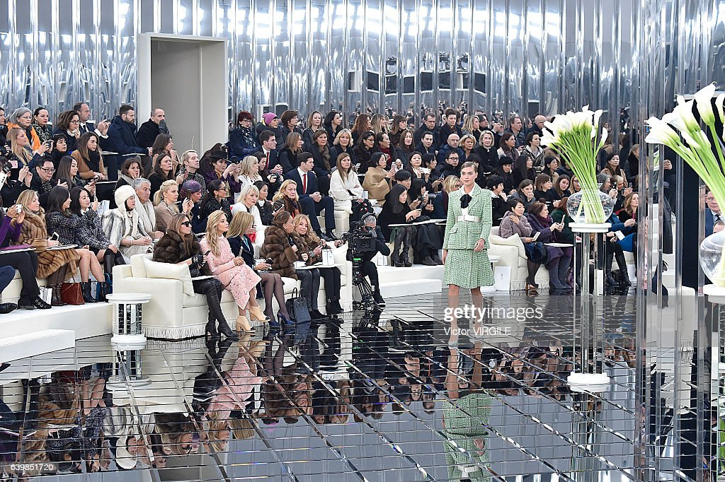 Chanel : Runway - Paris Fashion Week - Haute Couture Spring Summer 2017 : News Photo