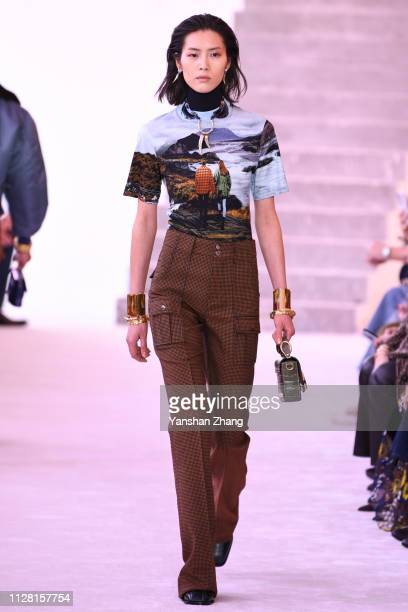 Model walks the runway during the Chloe show as part of the Paris Fashion Week Womenswear Fall/Winter 2019/2020 on February 28, 2019 in Paris, France.