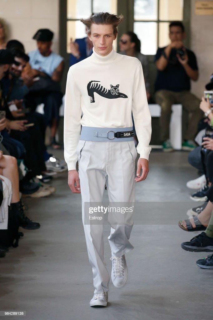 Christian Dada: Runway - Paris Fashion Week - Menswear Spring/Summer 2019 : News Photo