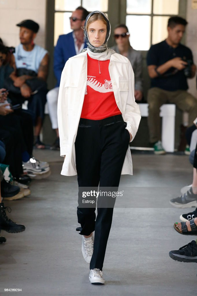 Christian Dada: Runway - Paris Fashion Week - Menswear Spring/Summer 2019 : Nachrichtenfoto