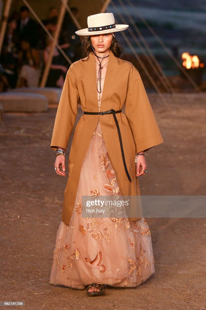 Christian Dior Cruise 2018 Runway Show : ニュース写真