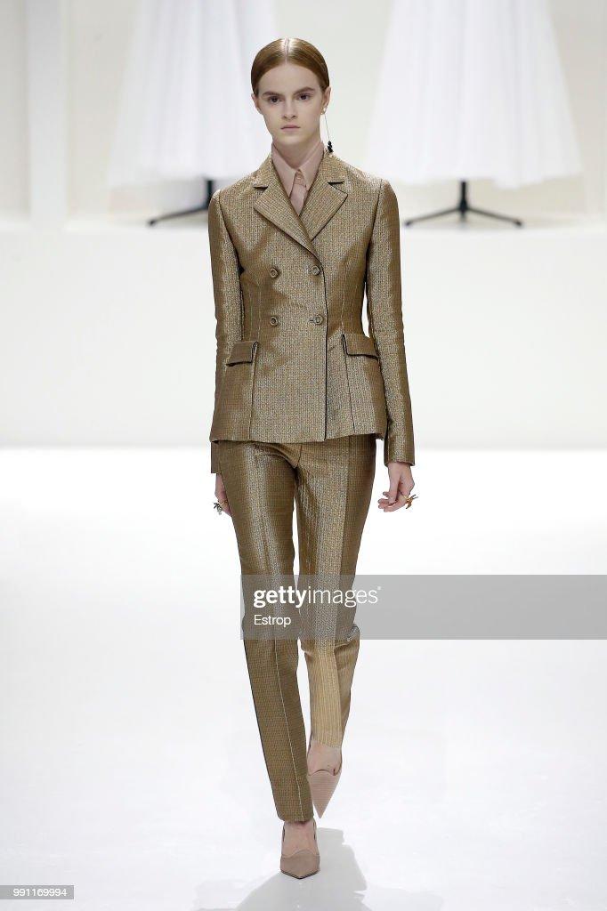 Christian Dior : Runway - Paris Fashion Week - Haute Couture Fall Winter 2018/2019 : ニュース写真