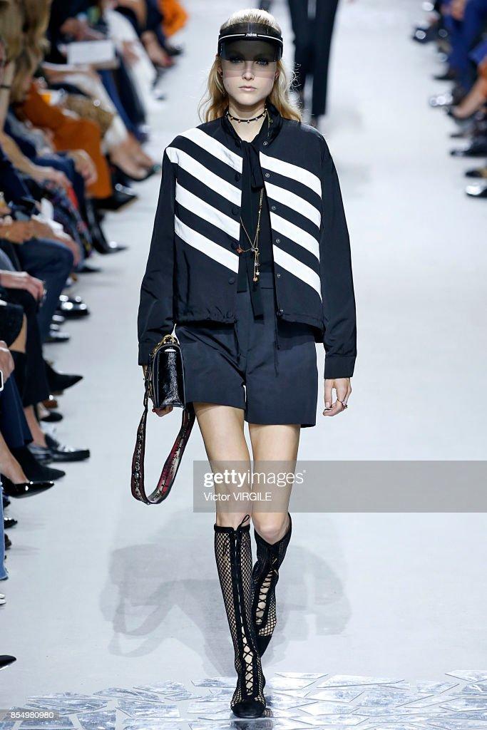 Christian Dior : Runway - Paris Fashion Week Womenswear Spring/Summer 2018 : News Photo