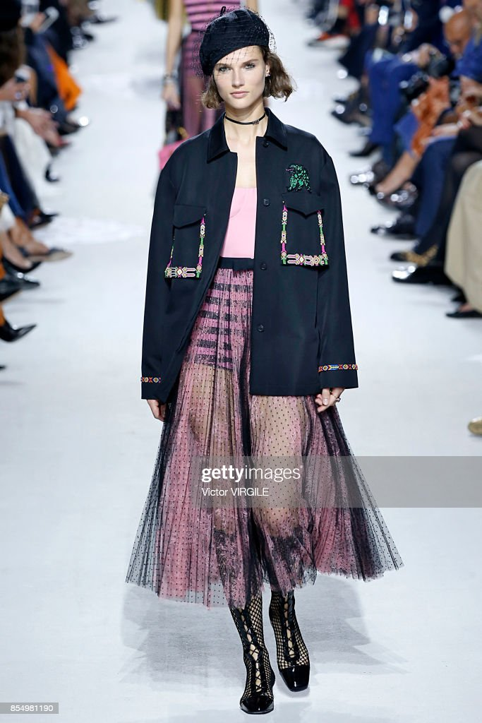 Christian Dior : Runway - Paris Fashion Week Womenswear Spring/Summer 2018 : News Photo