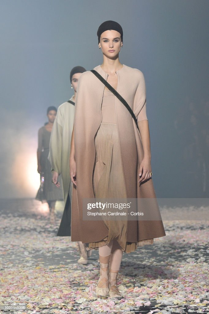 model-walks-the-runway-during-the-christian-dior-show-as-part-of-the-picture-id1039445356