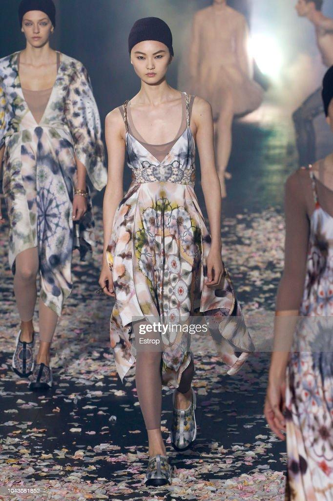 Christian Dior : Runway - Paris Fashion Week Womenswear Spring/Summer 2019 : News Photo