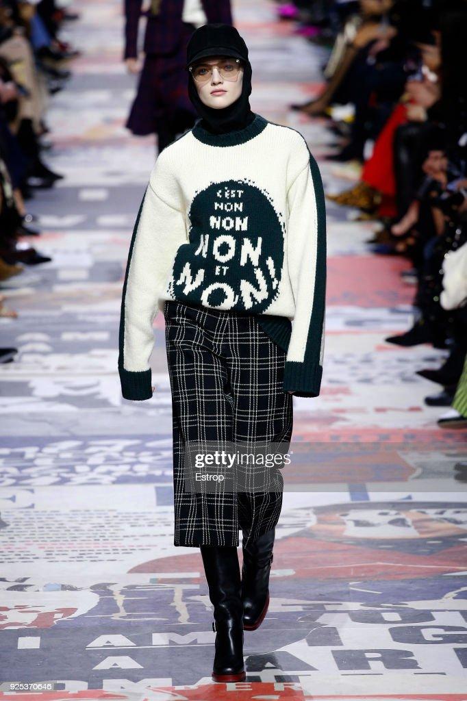 Christian Dior : Runway - Paris Fashion Week Womenswear Fall/Winter 2018/2019 : ニュース写真