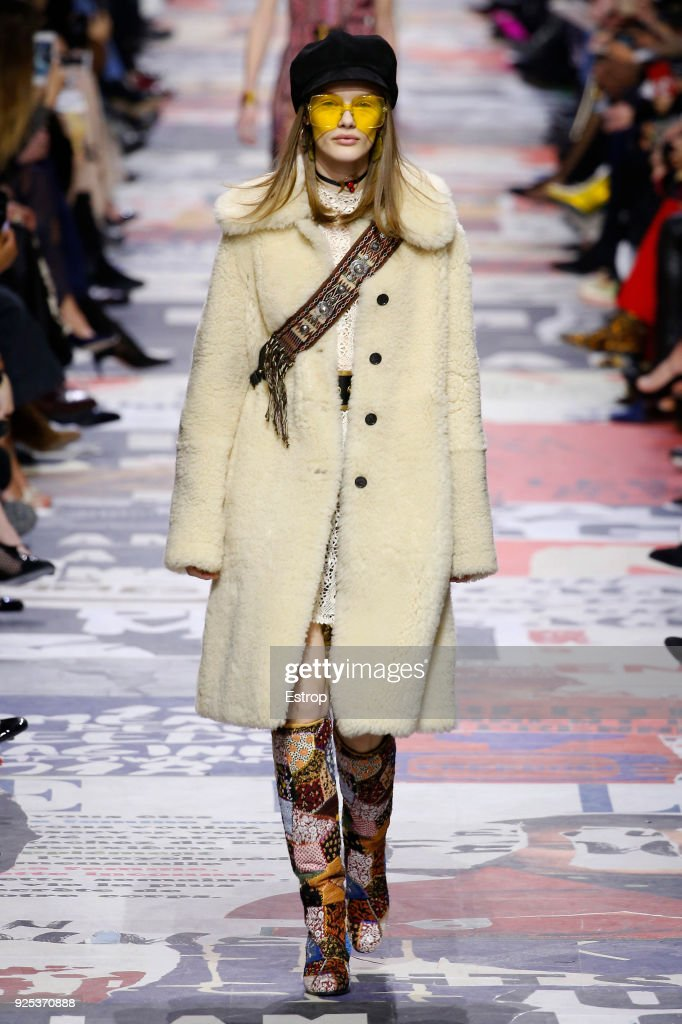 Christian Dior : Runway - Paris Fashion Week Womenswear Fall/Winter 2018/2019 : News Photo