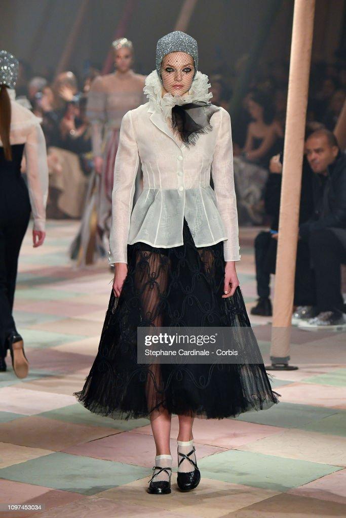 Christian Dior : Runway - Paris Fashion Week -Haute Couture Spring/Summer 2019 : News Photo