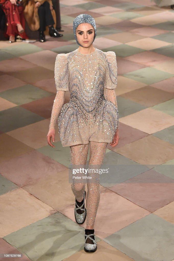 b4500122 Christian Dior : Runway - Paris Fashion Week - Haute Couture Spring Summer  2019 : News