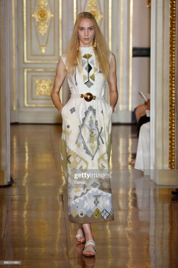 model-walks-the-runway-during-the-christophe-josse-haute-couture-fall-picture-id990424984