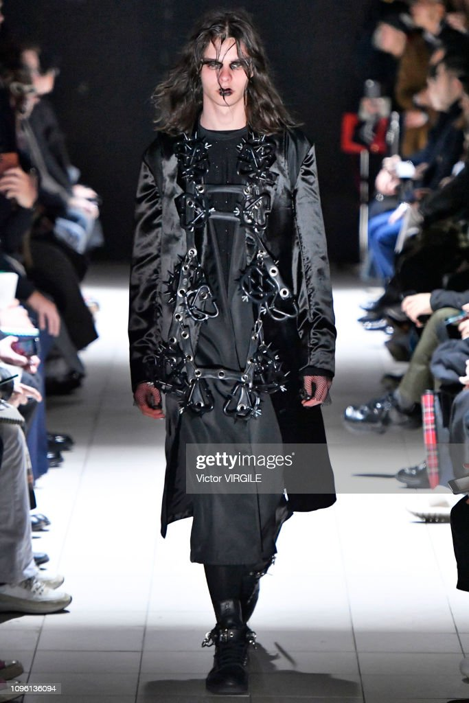 Comme Des Garcons Homme Plus : Runway - Paris Fashion Week - Menswear F/W 2019-2020 : News Photo