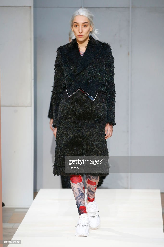 Comme Des Garcons : Runway - Paris Fashion Week Womenswear Spring/Summer 2019 : ニュース写真