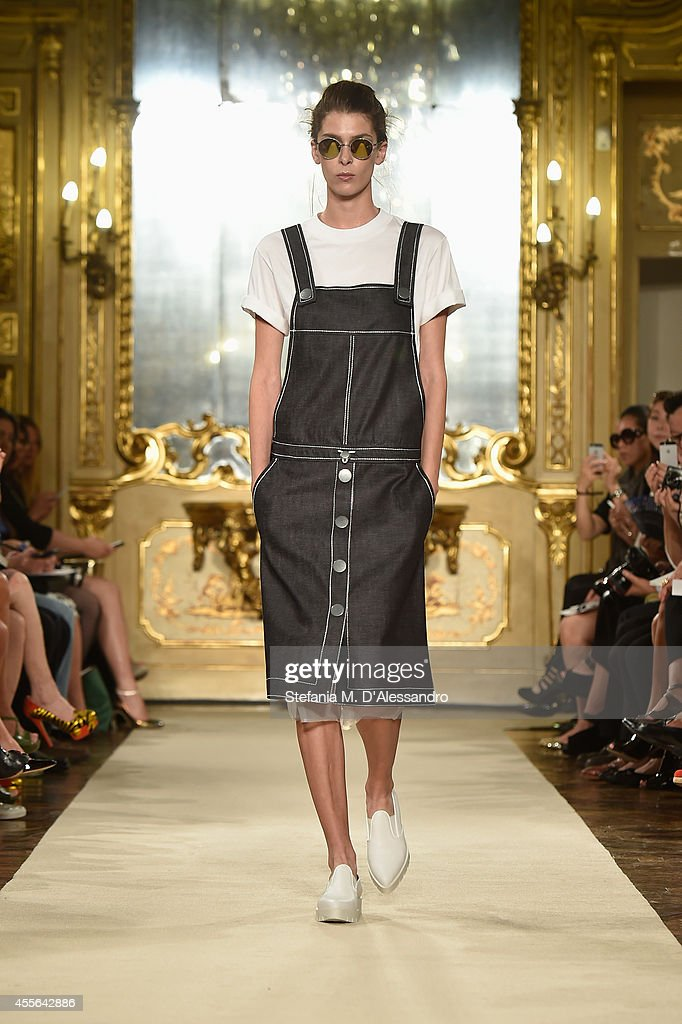 Cristiano Burani - Runway - Milan Fashion Week Womenswear Spring/Summer 2015 : News Photo