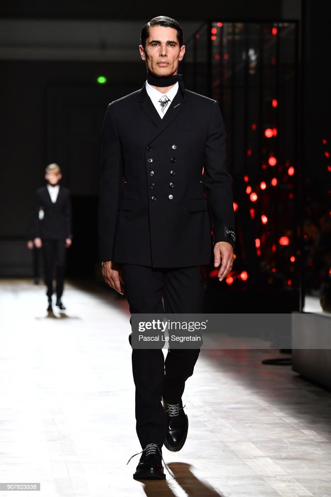Dior Homme : Runway - Paris Fashion Week - Menswear F/W 2018-2019