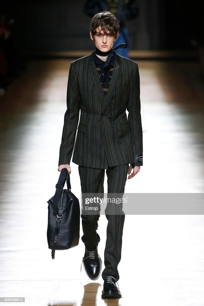Dior Homme : Runway - Paris Fashion Week - Menswear F/W 2018-2019 : News Photo