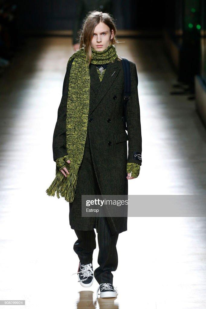 Dior Homme : Runway - Paris Fashion Week - Menswear F/W 2018-2019 : News Photo
