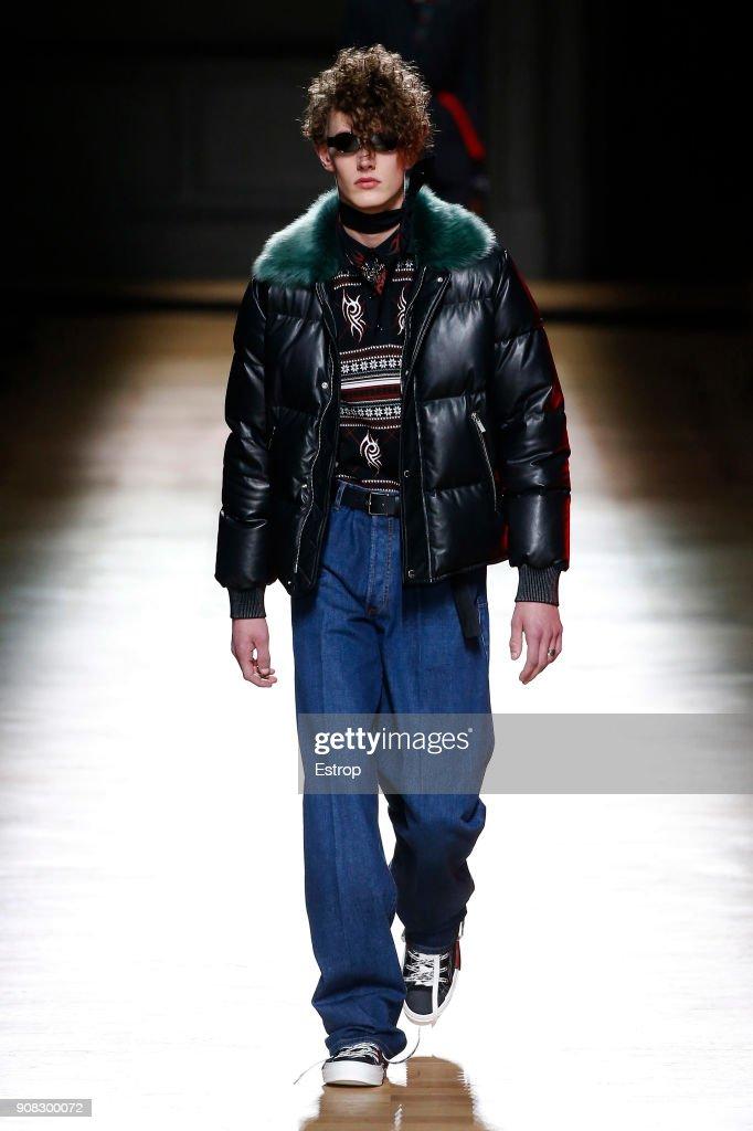 Dior Homme : Runway - Paris Fashion Week - Menswear F/W 2018-2019 : Nachrichtenfoto