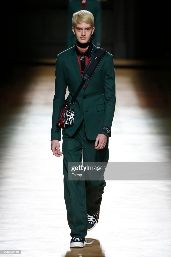 Dior Homme : Runway - Paris Fashion Week - Menswear F/W 2018-2019 : ニュース写真