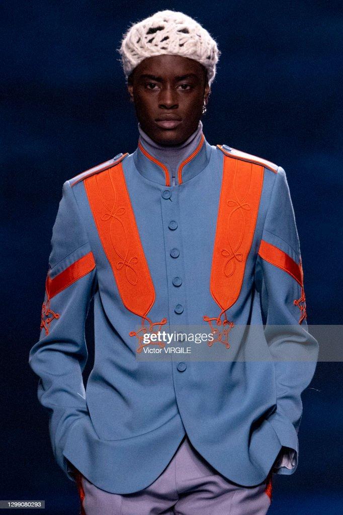Dior Hommes - Runway - Fall/Winter 2021 2022 Paris Men Fashion Week : Nachrichtenfoto