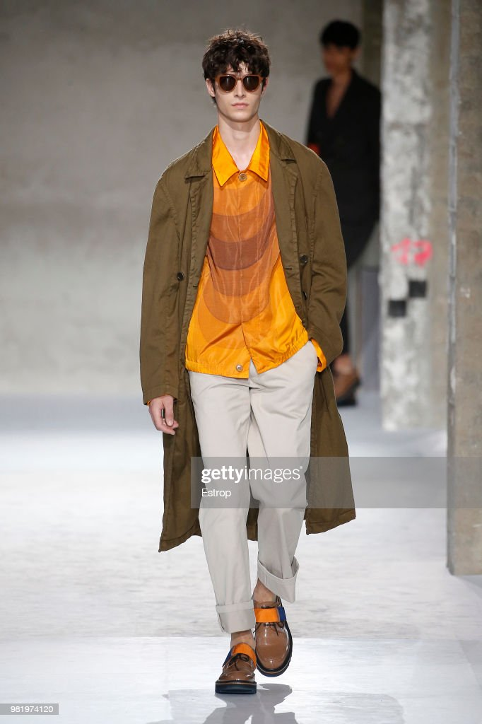 Dries Van Noten: Runway - Paris Fashion Week - Menswear Spring/Summer 2019