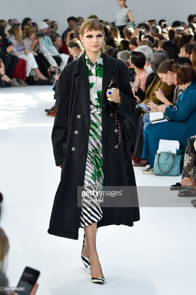 model-walks-the-runway-during-the-dries-van-noten-show-as-part-of-the-picture-id1041275000