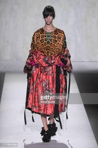 Model walks the runway during the Dries Van Noten Womenswear Spring/Summer 2020 show as part of Paris Fashion Week on September 25, 2019 in Paris,...