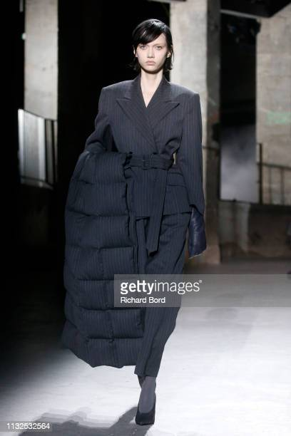 A model walks the runway during the Dries Von Noten show as part of the Paris Fashion Week Womenswear Fall/Winter 2019/2020 on February 27 2019 in...