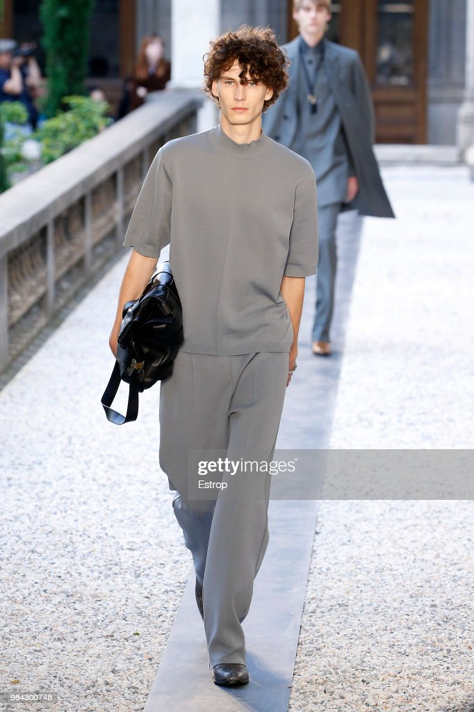 DUNHILL LONDON - Paris Fashion Week Menswear Spring Summer 2019