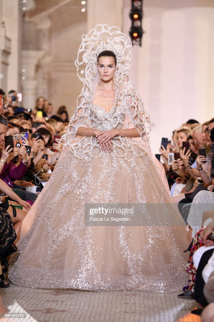 model-walks-the-runway-during-the-elie-saab-haute-couture-fall-winter-picture-id991454154