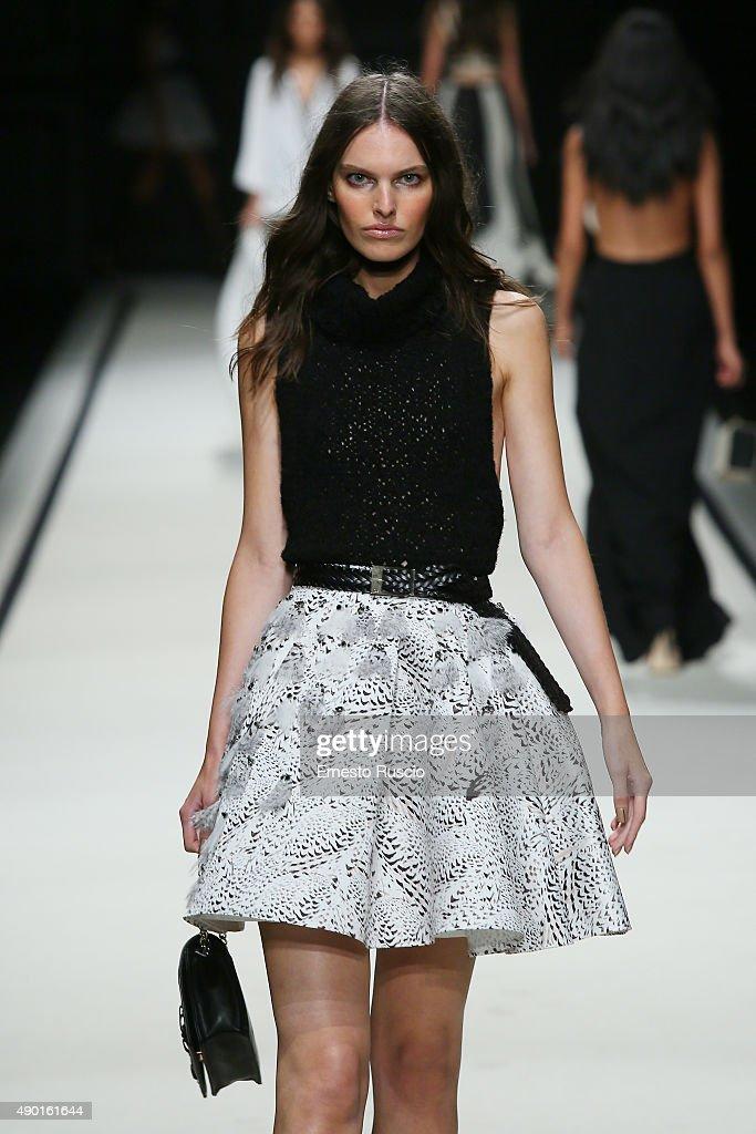 Elisabetta Franchi - Runway - Milan Fashion Week SS16 : News Photo