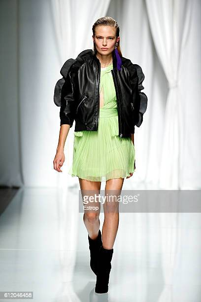 A model walks the runway during the Emanuel Ungaro designed by Fausto Puglisi show as part of the Paris Fashion Week Womenswear Spring/Summer 2017 on...
