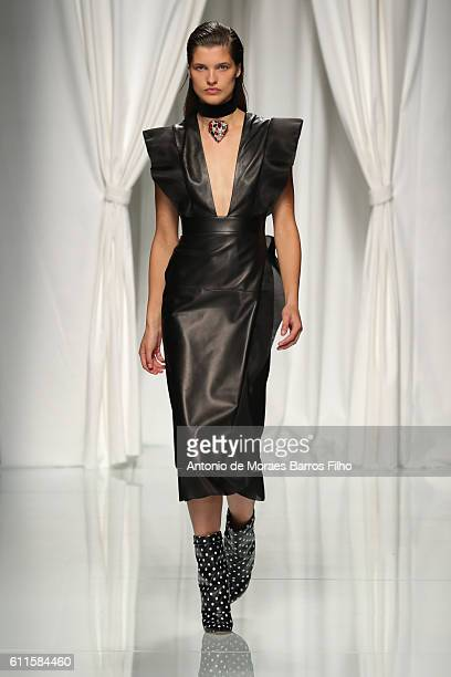 Model walks the runway during the Emanuel Ungaro show as part of the Paris Fashion Week Womenswear Spring/Summer 2017 on September 30, 2016 in Paris,...
