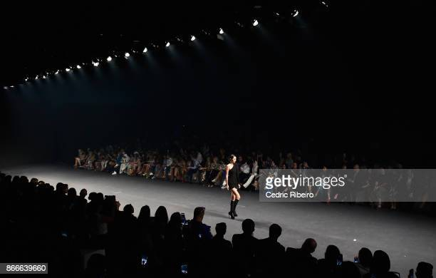 A model walks the runway during the Essa show at Fashion Forward October 2017 held at the Dubai Design District on October 26 2017 in Dubai United...