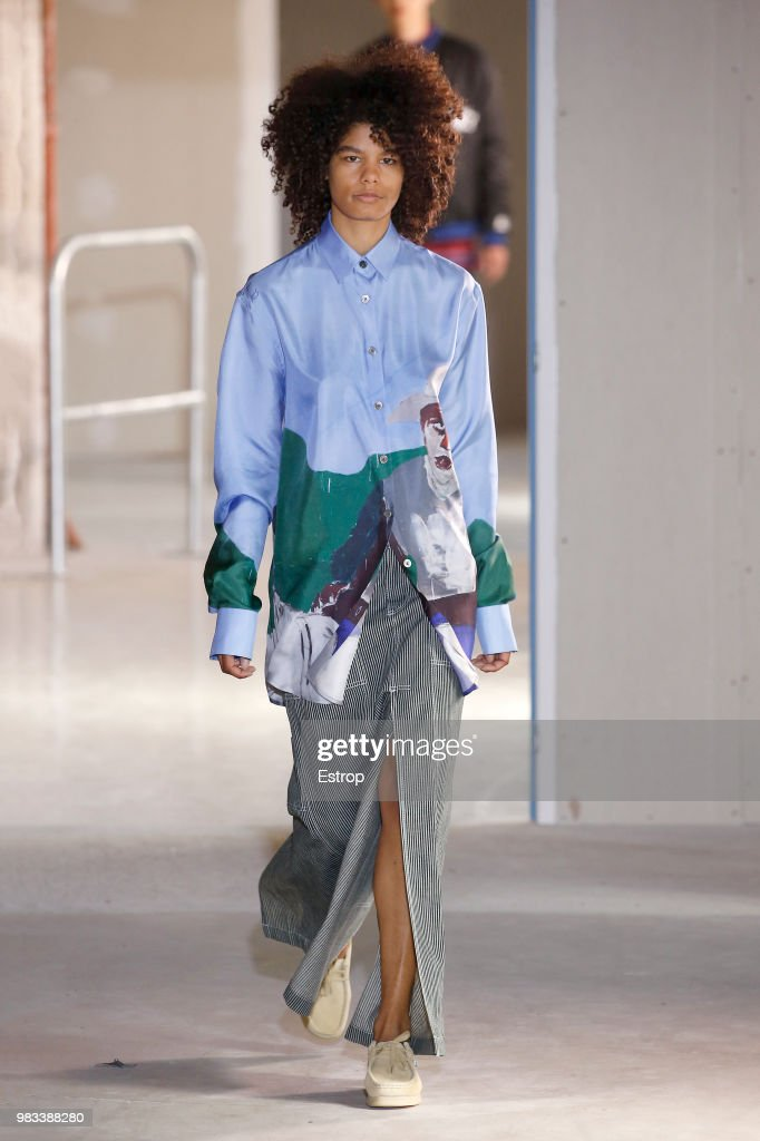 Etudes: Runway - Paris Fashion Week - Menswear Spring/Summer 2019 : News Photo