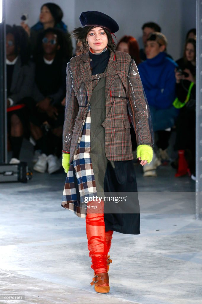 Facetasm : Runway - Paris Fashion Week - Menswear F/W 2018-2019 : ニュース写真