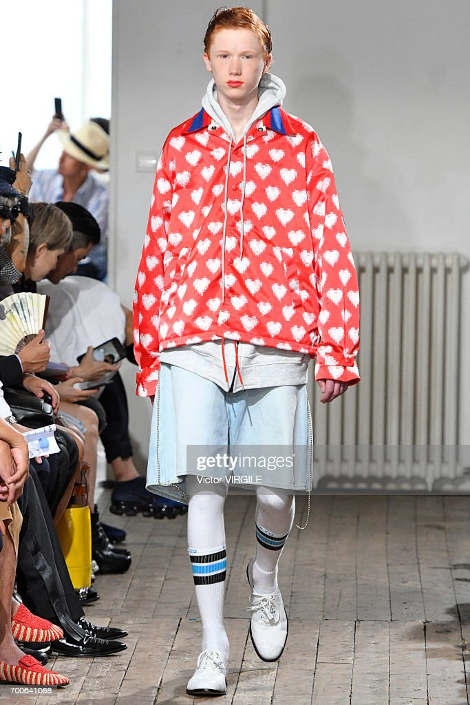 Facetasm : Runway - Paris Fashion Week - Menswear Spring/Summer 2018 : ニュース写真