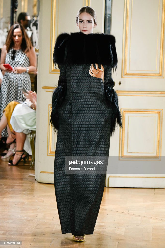 Farhad RE : Runway - Paris Fashion Week - Haute Couture Fall/Winter 2019/2020 : News Photo